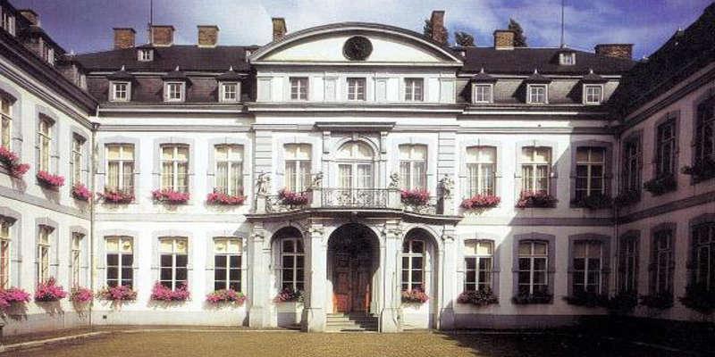 Palais provincial