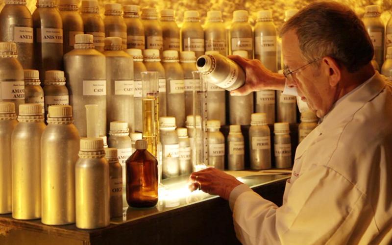 Werkplaats van Guy Delforge - Parfum van Namen